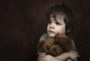 Sigur nu stiai! Ce patesc copiii din cauza pacatelor la care parintii nu renunta