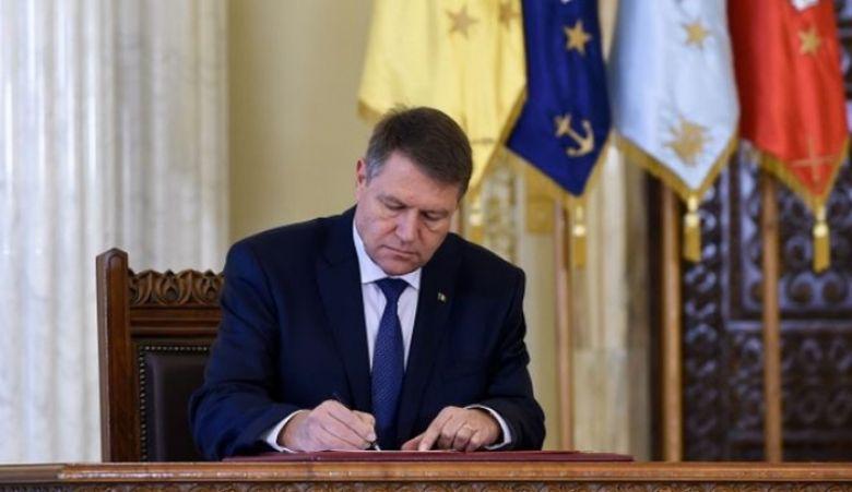 Legea care va afecta milioane de romani semnata de Iohannis