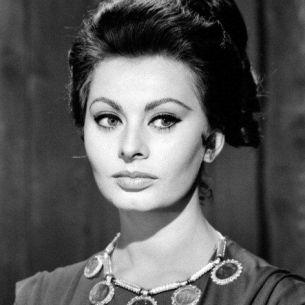 Incredibil. Cum arata Sophia Loren la aproape 90 de ani. Toti au ramas cu gura cascata
