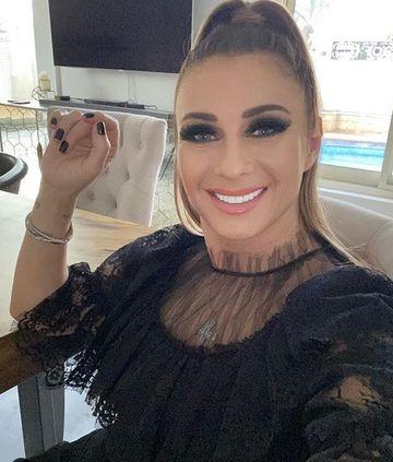 Wow! Anamaria Prodan confundata cu o prostituata. Ce le-a raspuns sexy impresara barbatilor care au abordat-o