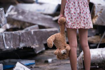 """Lumea in care traim! O fata de 13 ani este insarcinata cu un baiat de 10 ani. """"Fata este intr-o situatie periculoasa"""""""