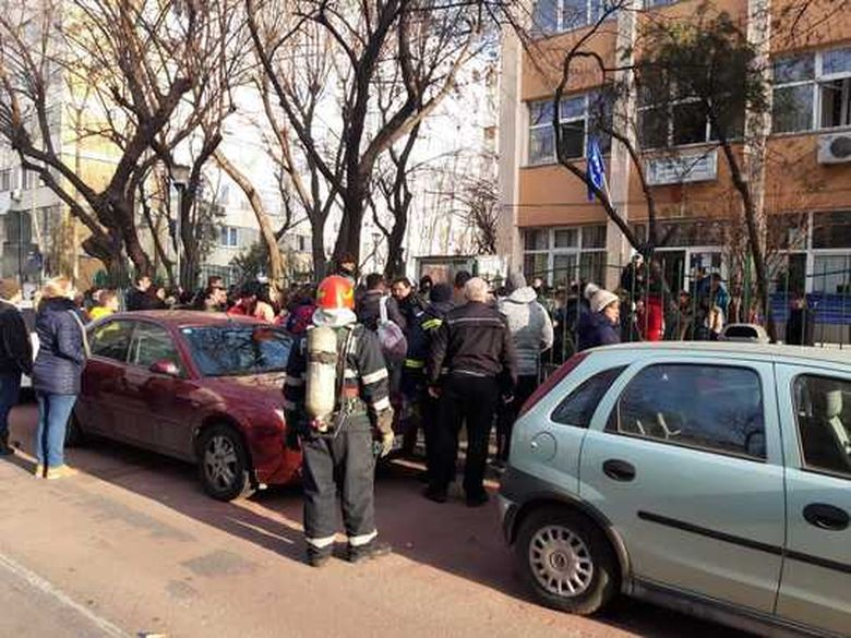 23 de copii din Bucuresti, in spital dupa dezinfectia la Scoala 133. Politia face cercetari pentru varamare din culpa