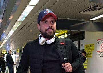 """Augustin Viziru, primele declaratii la sosirea pe aeroport: """"Ma duc sa stau cu fetitele mele pe canapea, sa ma relaxez..."""""""