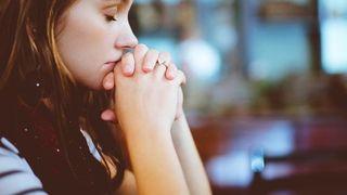 Rugăciune făcătoare de minuni. De câte ori să o rostești pe zi