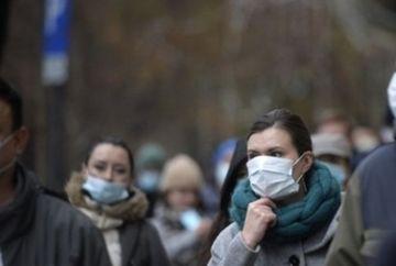 La Bucuresti se distribuie masti medicale. STB ia masuri de siguranta fara precedent impotriva gripei