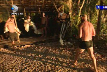 Urgenta MAJORA la ''Survivor Romania''! Un concurent a fost INTEPAT de o pisica de mare! Intepatura poate fi MORTALA!