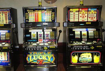 Cum functioneaza jocurile de noroc: totul despre pacanele! Afla daca se poate aranja un aparat si care sunt sansele de castig la pacanele