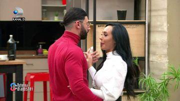 """Imagini incredibile la """"Puterea dragostei""""! Turcu a făcut prima pedeapsă: a dansat cu Ella! Nici brunetei nu i-a venit să creadă! Reacția Roxanei a fost uluitoare"""