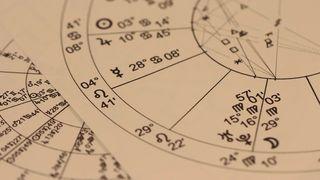 """6 zodii intuitive care pot """"citi"""" oamenii"""
