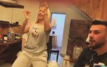 """Imagini uluitoare cu Andreea Pirui! Le-a aratat concurentilor de la """"Puterea dragostei"""" ce inseamna sa fii dansatoare profesionista! VIDEO"""