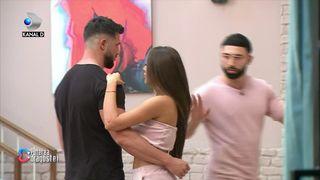 """Scene incredibile la """"Puterea dragostei""""! Roxana a dansat cu Catalin si Turcu s-a despartit de ea! Si-au facut imediat bagajele si au parasit emisiunea!"""
