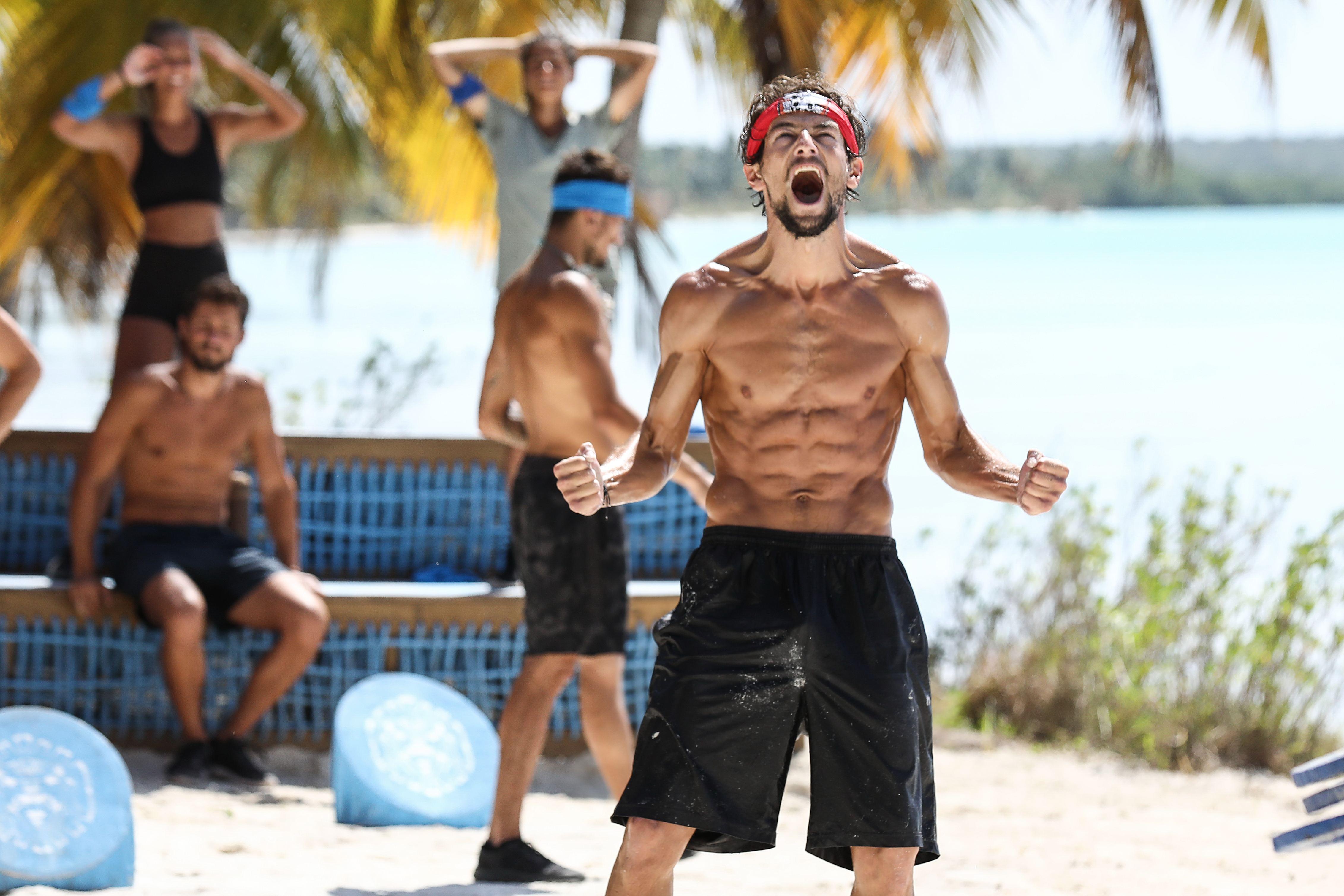 """Concurentii """"Survivor Romania"""", la o luna dupa ce au ajuns in jungla dominicana! Cat de mult s-au schimbat Faimosii si Razboinicii si cum si-a pus amprenta conditiile vitrege asupra acestora"""