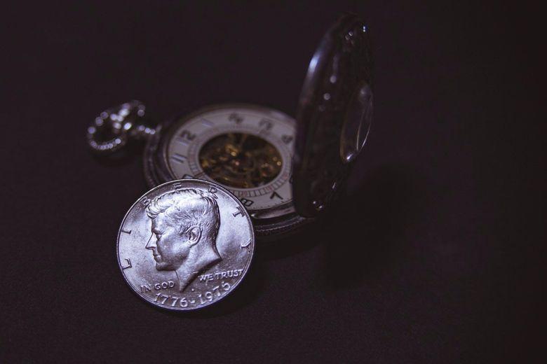 Cele mai bune idei de cadouri pentru iubitorii de istorie