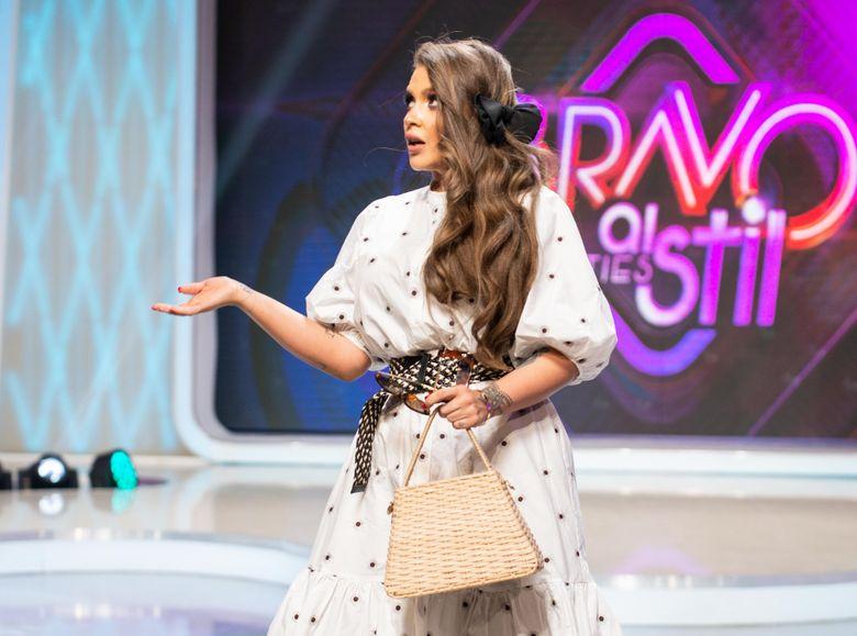Oana Radu, propunere de nerefuzat pentru Raluca Badulescu! Artista schimba registrul si vrea sa abordeze un nou stil muzical!
