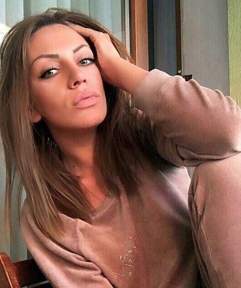 """Andreea Oprica, in ipostaze tandre cu unul dintre cei mai sexy concurenti de la """"Puterea dragostei"""""""