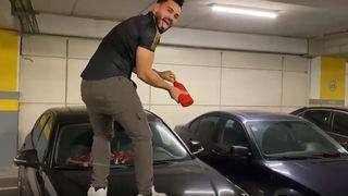 """Jador i-a distrus masina lui Bogdan Mocanu! Cum arata masina dupa ce artistul s-a """"ocupat"""" de ea!"""