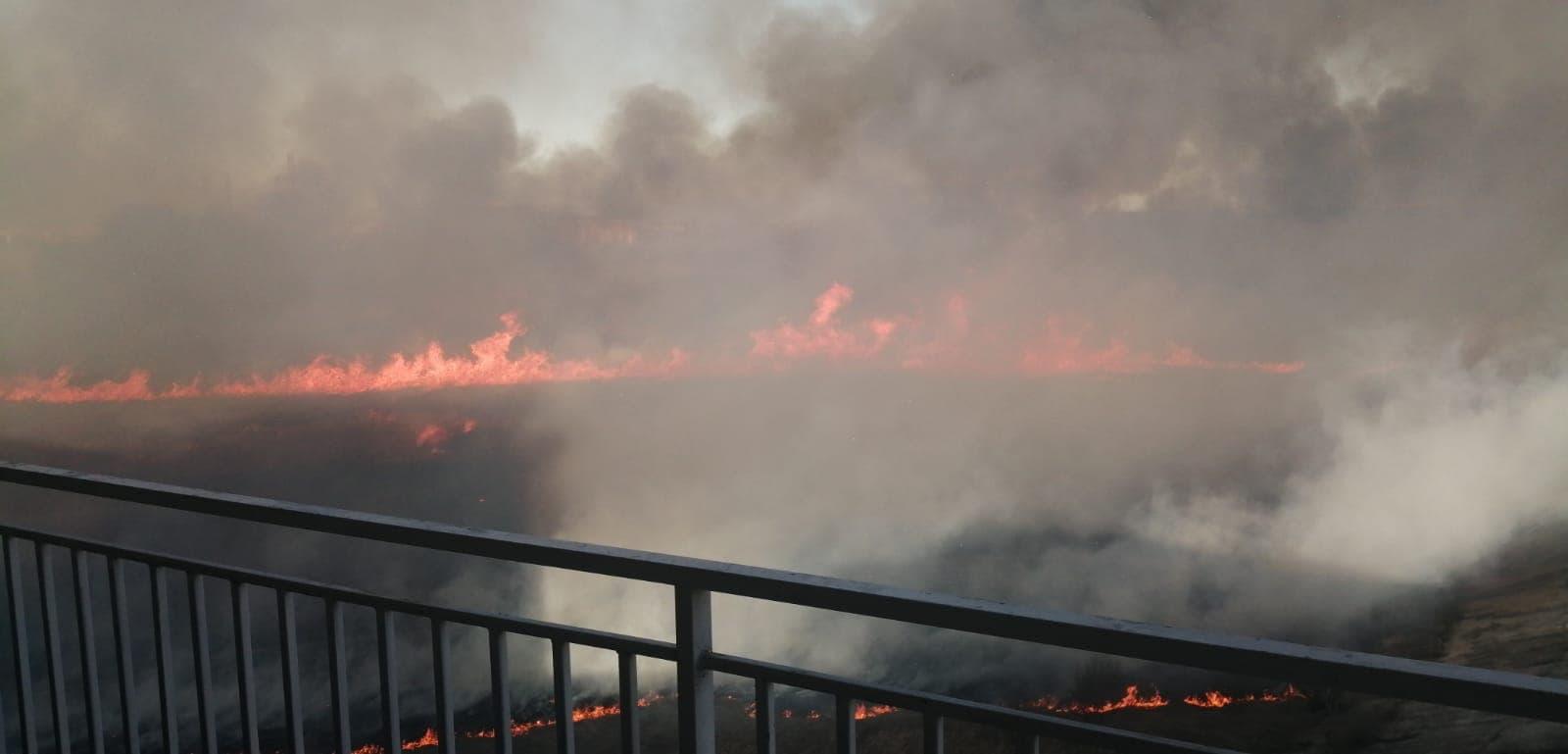 Incendiu puternic la Delta Vacaresti! FOTO, VIDEO