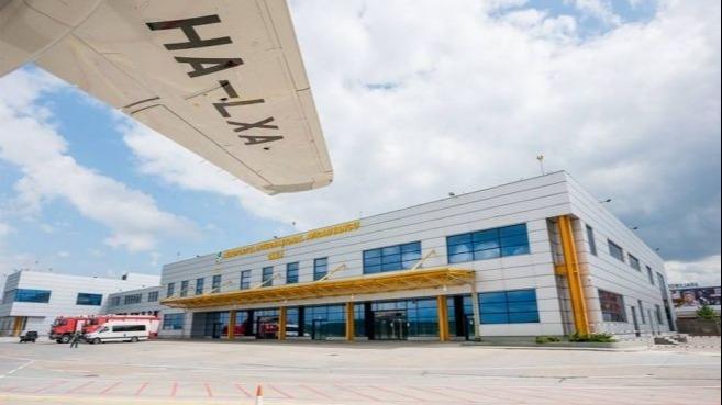Măsuri speciale la aeroportul din Cluj pentru pasagerii sosiți din Italia