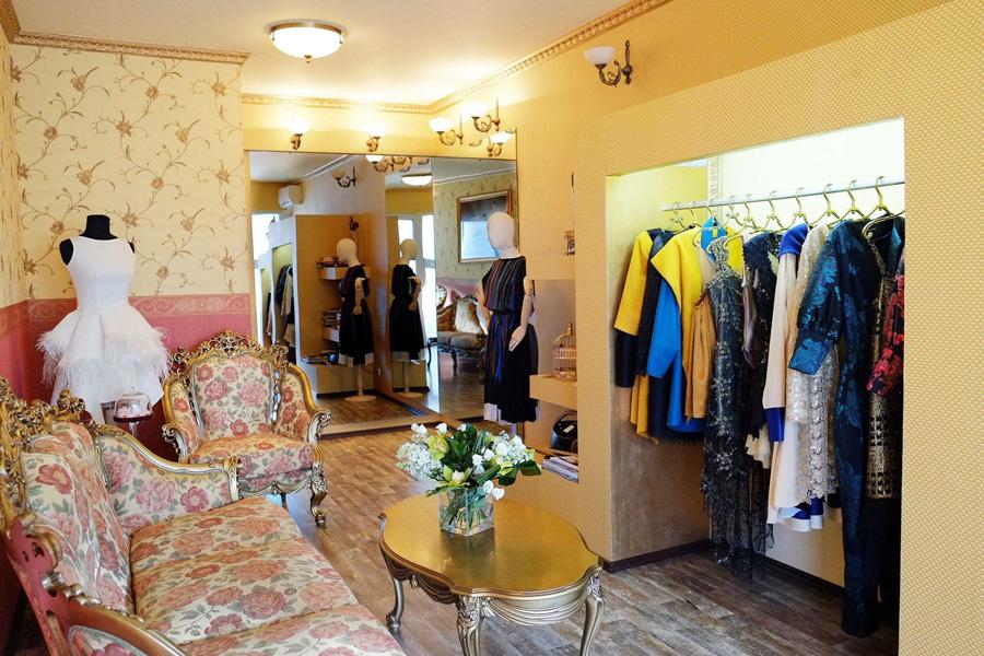 Tinuta domnisoarei de onoare garanteaza o nunta reusita - de unde cumperi rochii pentru nunta la comanda ?