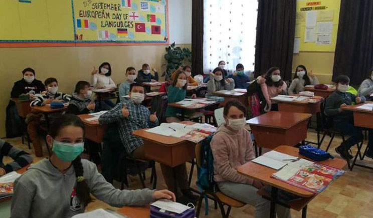 Scoli si gradinite inchise in Romania! Gripa obliga peste 3000 de copii sa stea acasa