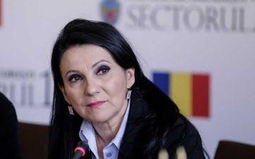 Sorina Pintea se simte rau in arest si cere transferul la un spital din sistemul public. De ce boala sufera fostul ministru