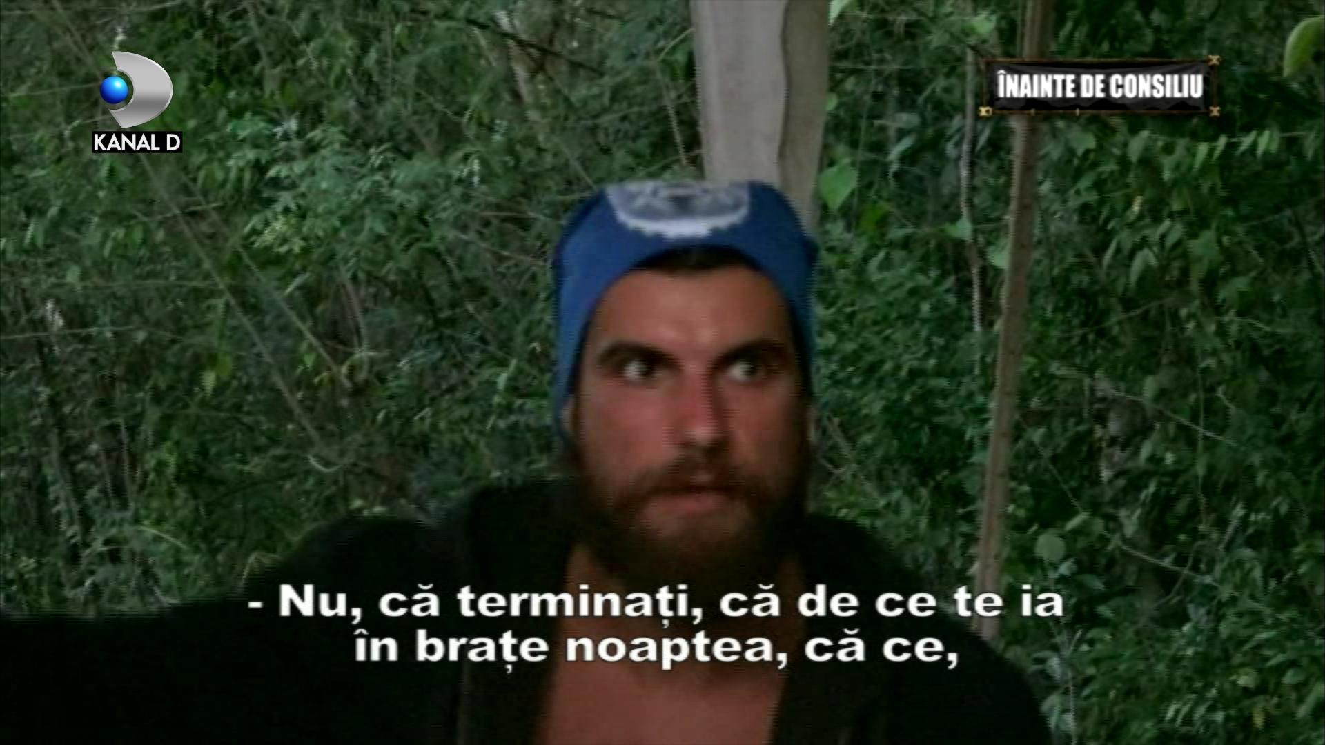 Andi, cuplu bomba la Survivor Romania cu o colega de echipa? Ea a recunoscut ca punea mana pe el noaptea!