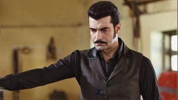 """Demir din serialul """"Ma numesc Zuleyha"""", transformare uluitoare! Iata cum arata celebrul Murat Unalmis pe vremea cand avea douazeci de ani!"""