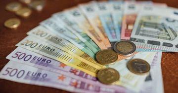 Curs valutar 17 martie 2020. Leul continua sa scada in fata euro. Inca un minim istoric atins astazi