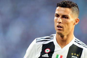 Coronavirus - Cristiano Ronaldo şi impresarul său au donat trei unităţi de terapie intensivă a cate zece patruri unor spitale din Portugalia