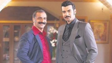 """Cengaver din serialul """"Ma numesc Zuleyha"""", un sot devotat si un tatic grijuliu, in viata reala! Iata ce familie frumoasa are celebrul actor Kadim Yasar!"""