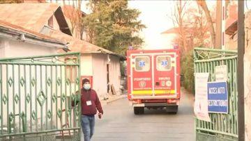 A doua asistentă depistată pozitiv la COVID-19 în judeţul Cluj
