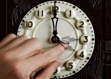 Se schimba ora! Romania trece, in acesata noapte, la ora de vara: ora 3.00 devine ora 4.00
