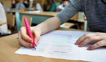 Ministerul Educatiei si Cercetarii a publicat teste pentru pregatirea elevilor la examenele nationale