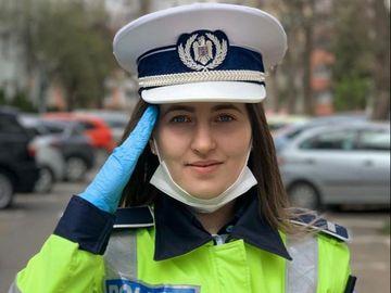 Cum a reacționat o polițistă atunci când a întâlnit un medic în trafic? Gestul ei a emoționat pe toată lumea!