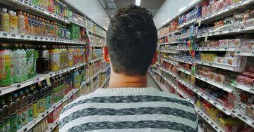 Ministerul Sănătății a făcut anunțul. Ce trebuie să faci cu produsele ambalate în carton sau plastic după ce ajungi acasă?