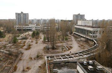 Incendiu la Cernobil. Nivelul de radiatii a crescut periculos in urma unui incendiu forestier masiv