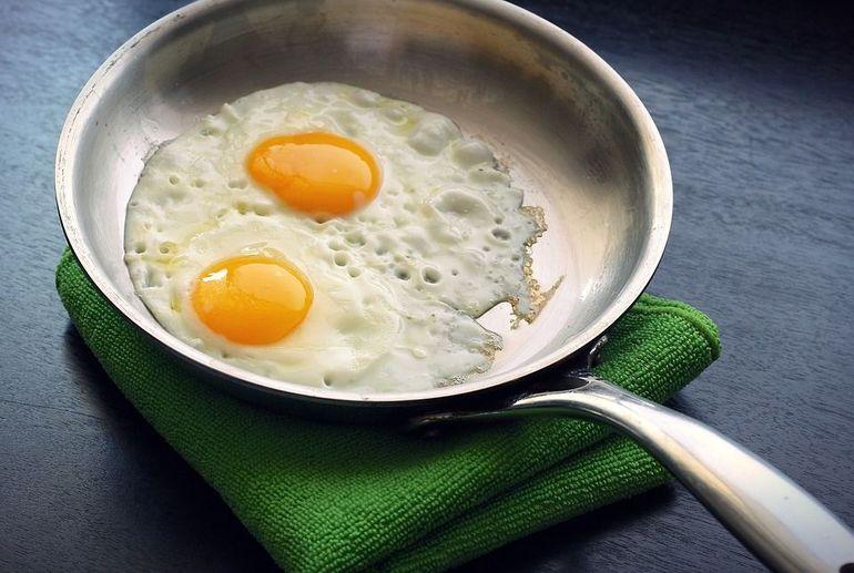 Greseli pe care nu stii ca le faci cand prajesti sau fierbi oua
