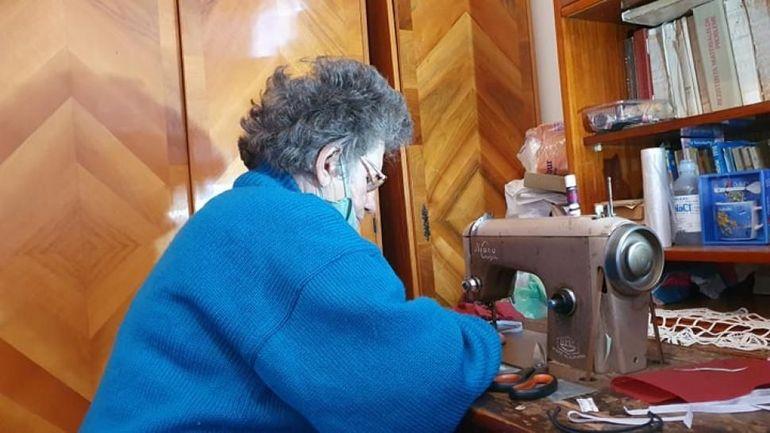 Doamna Speranța are 75 de ani și este din satul Brădiceni, comuna Peștișani