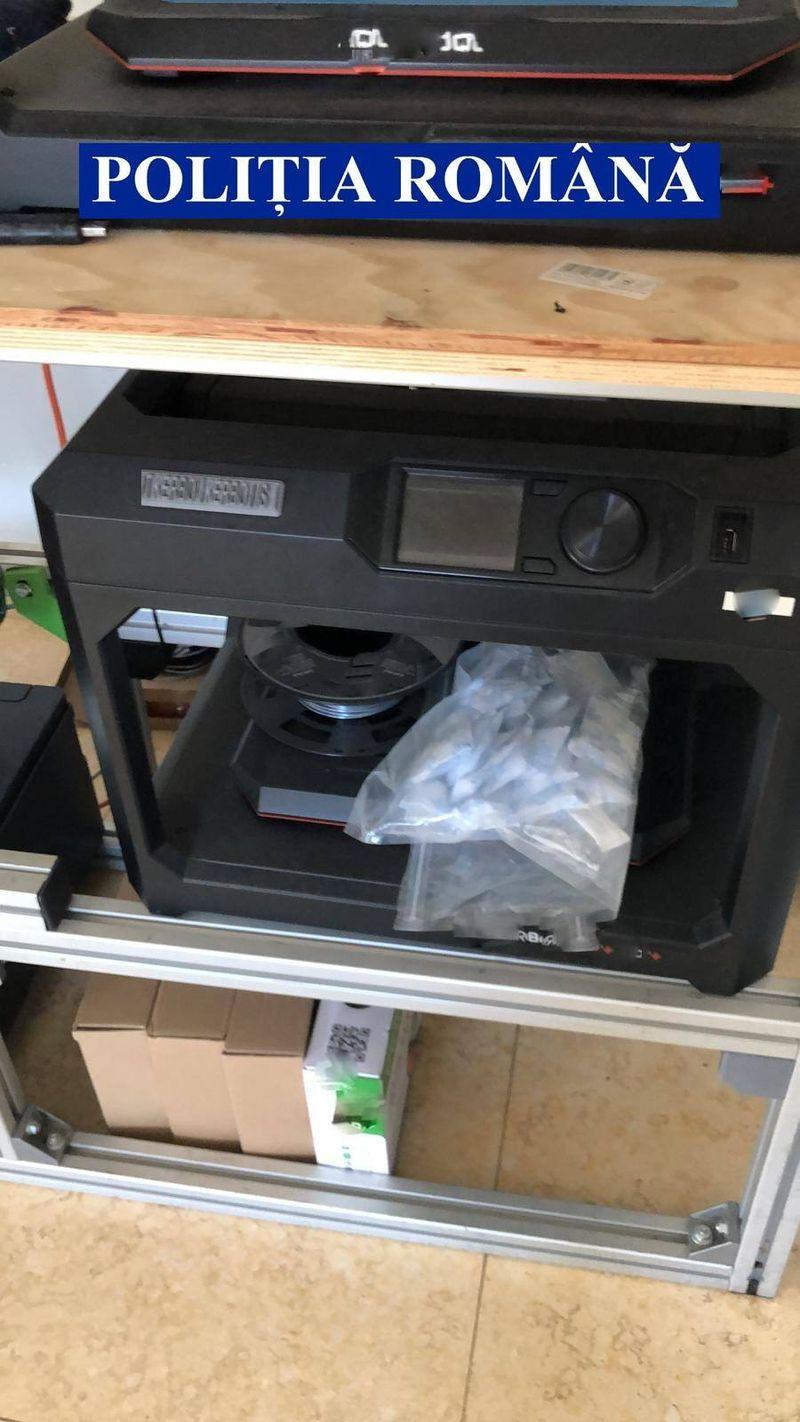 politie-imprimanta-3d.jpg