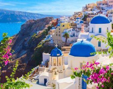 Grecia suspendă până marți formularele de călătorie pentru cei care merg în vacanță cu...