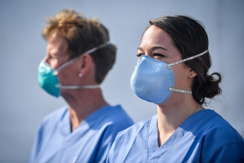 78 de medici bolnavi de covid