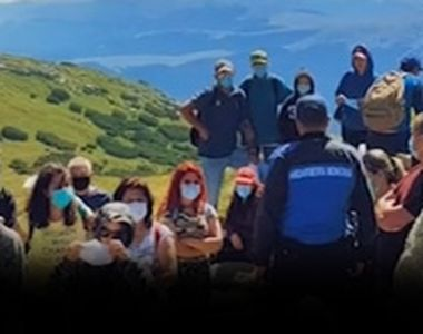 VIDEO| Stațiunile montane, asaltate de turiști în weekend