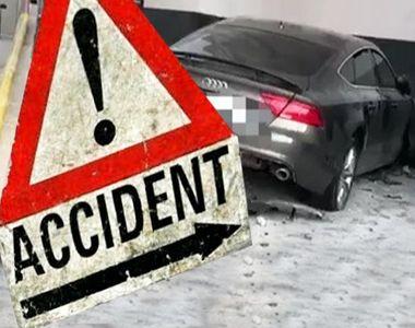 VIDEO  Accident grav: O șoferiță băută a intrat cu mașina într-un bloc din Mamaia