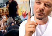 VIDEO| Puya, concert cu peste 500 de persoane la Mamaia, în plină stare de alertă. Polițiștii au intervenit în forță