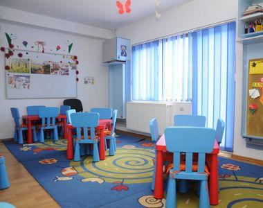 Senatul: lege pentru copiii înscrişi la grădiniţă cu vârsta între doi şi trei ani