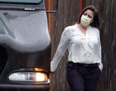 Masca devine obligatorie pe stradă în capitala celei mai lovite țări de COVID-19