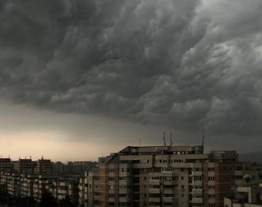 Alertă meteo: Cod portocaliu de furtuni. Ce judeţe sunt afectate?