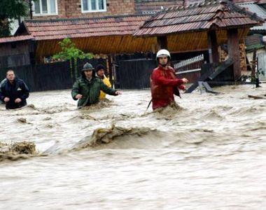 Vine potopul? Cod galben de inundaţii în 11 judeţe