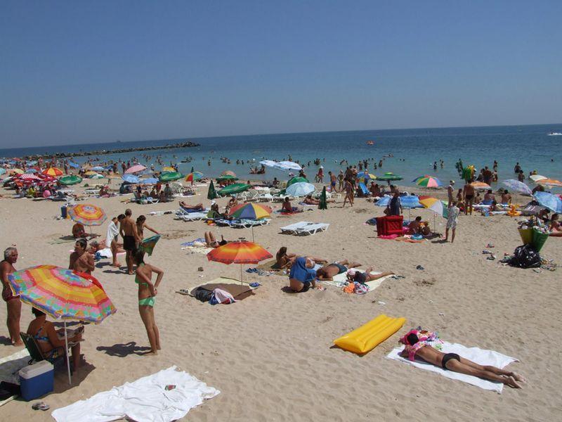 distanțare pe plaje