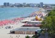 VIDEO | Pe litoralul românesc, turiştii se apără de molimă cu usturoi